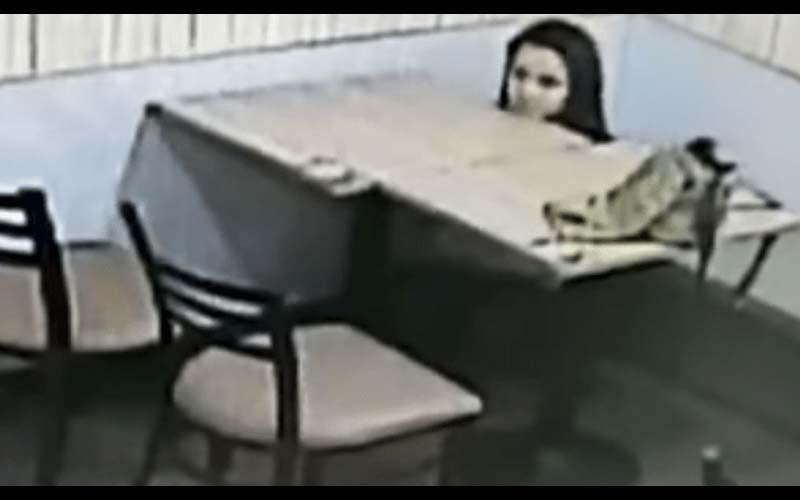 有夠傻眼!超商店員看監視器發現「詭異漂浮女鬼頭」再仔細一看他氣炸了!