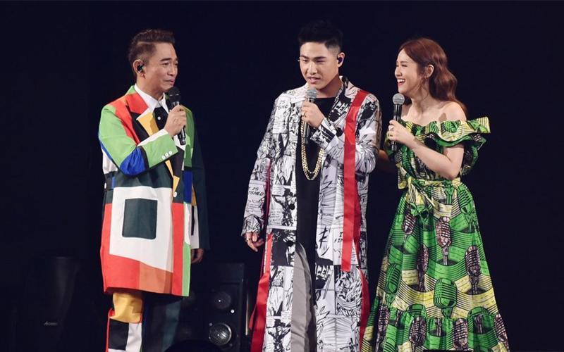 吳宗憲演唱會攜兒女上陣,19歲兒子帥氣出場首度開唱「狂飆3首RAP」, 粉讚:下一個周杰倫!