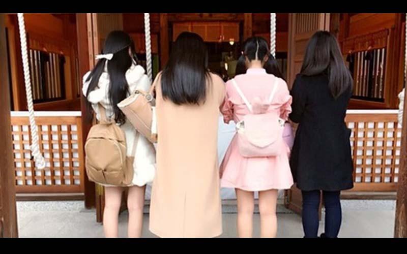 一張櫻花妹背影合照,你覺得哪個轉過來最漂亮?!不少網友都把票投給她!